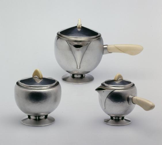 Dreiteiliges Teeservice: Zuckerdose